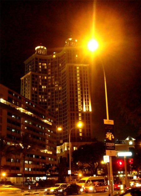 neon night at sg